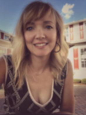 Amber Headshot.jpg