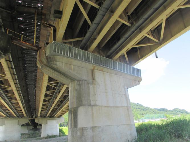 滋賀バイパス高架橋下部耐震補強工事
