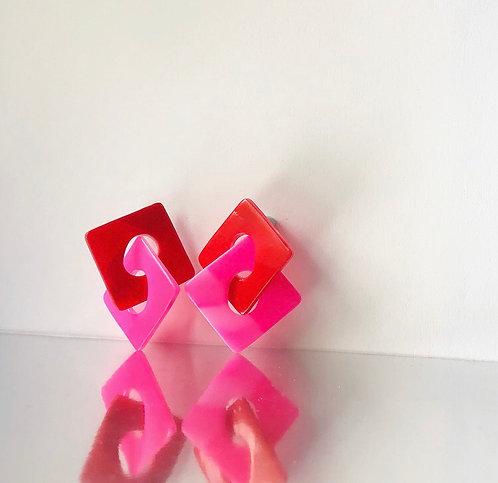 LUNA IN RED & PINK