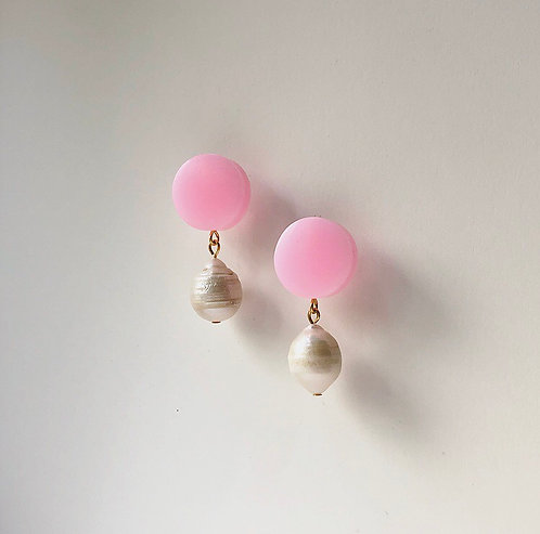 MINI BON BON 05 IN CANDY PINK WITH LUXE BAROQUE PEARL