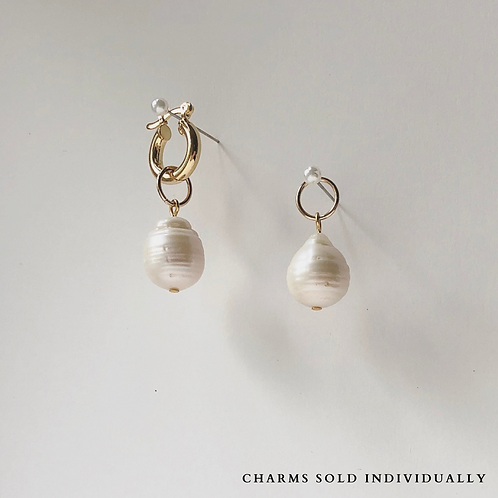 LUXE BAROQUE PEARL - SINGLE CHARM