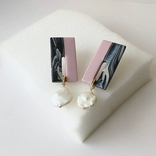 ASTRID IN PINK & MARBLE WITH LARGE FRESHWATER PEARLS