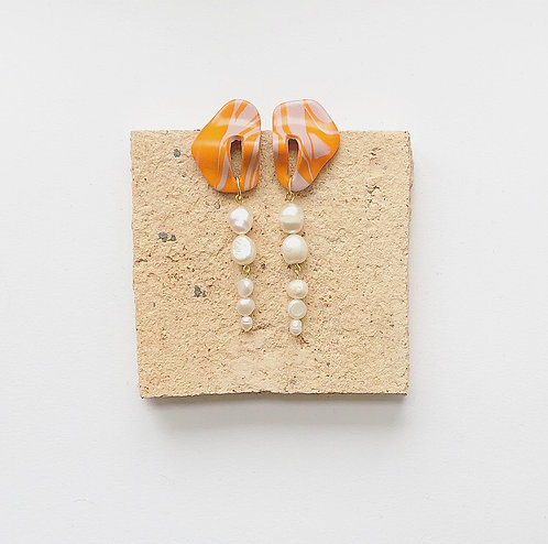 CORA IN PINK & ORANGE MARBLE WITH FRESHWATER PEARLS