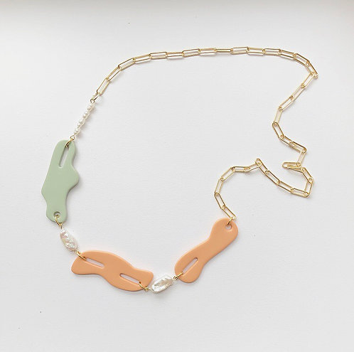 THE SHAPES NECKLACE IN MINT & TERRACOTTA WITH FRESHWATER PEARLS