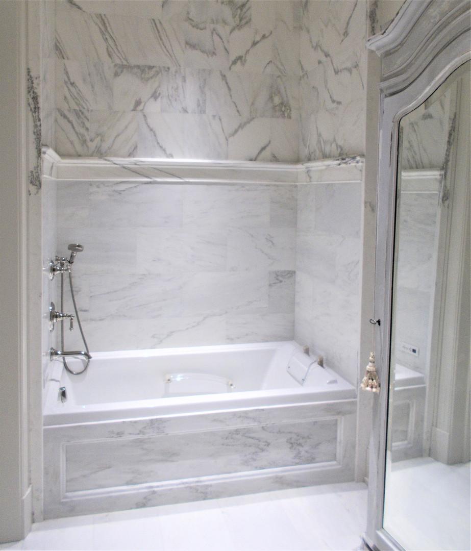 marble tub surround - alabama.jpg