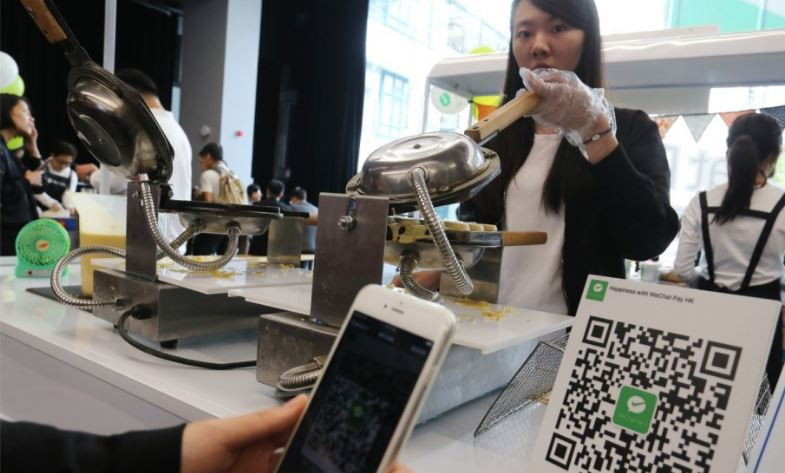 WeChat, Alipay offer overseas tax refund services to tourists, meaning no more airport queues