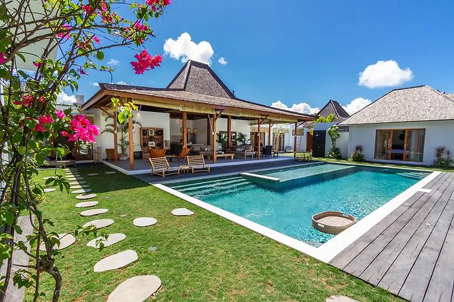 Bali Villa 1.webp