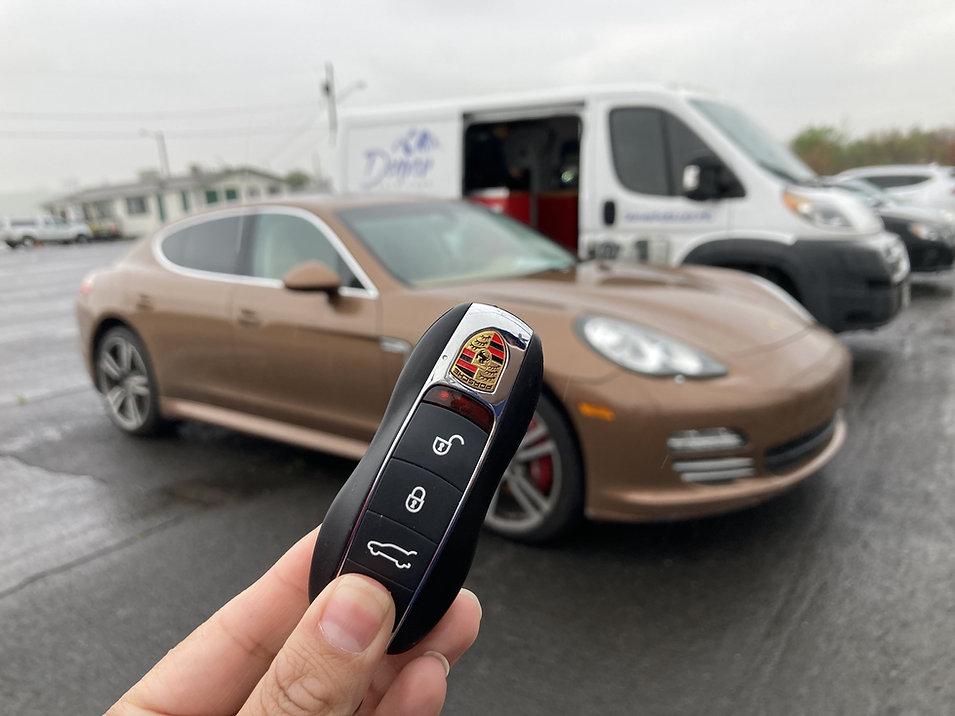 Denver-Porsche-key-fob.jpg