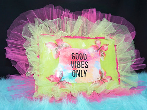"""Good Vibes Only"" Inspirational Pillow"