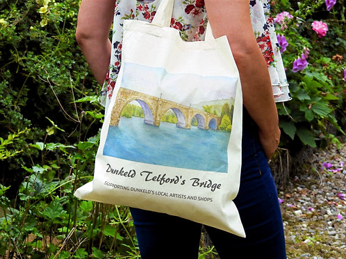 Cotton Shoppers In Dunkeld Designs