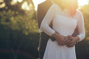 Kuschelshooting Brautpaar