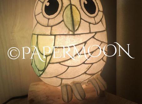 白フクロウの和紙ランプ【生徒作品】   手作りライト照明教室 PAPERMOON(東京 自由が丘)