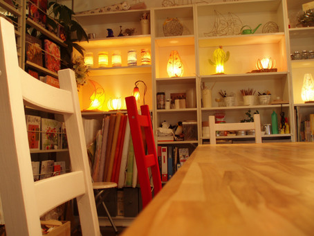 受講カレンダー10月まで更新しました! | 手作りライト照明教室 PAPERMOON(東京 自由が丘)