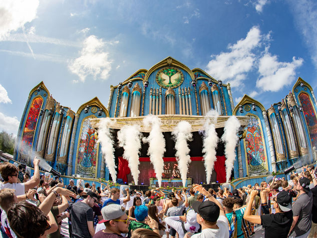 Tomorrowland on tour photographer