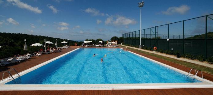 open pool.jpg