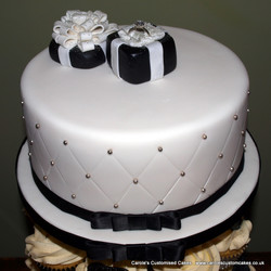 Quilted engagement cake