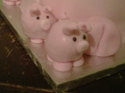Piglet pop cakes