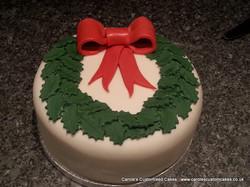 Christmas wreath rich fruit cake