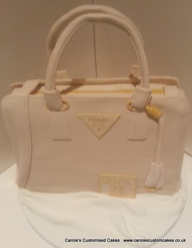 Handbag cake