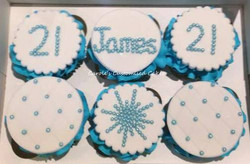 Blue 21st birthday cupcakes