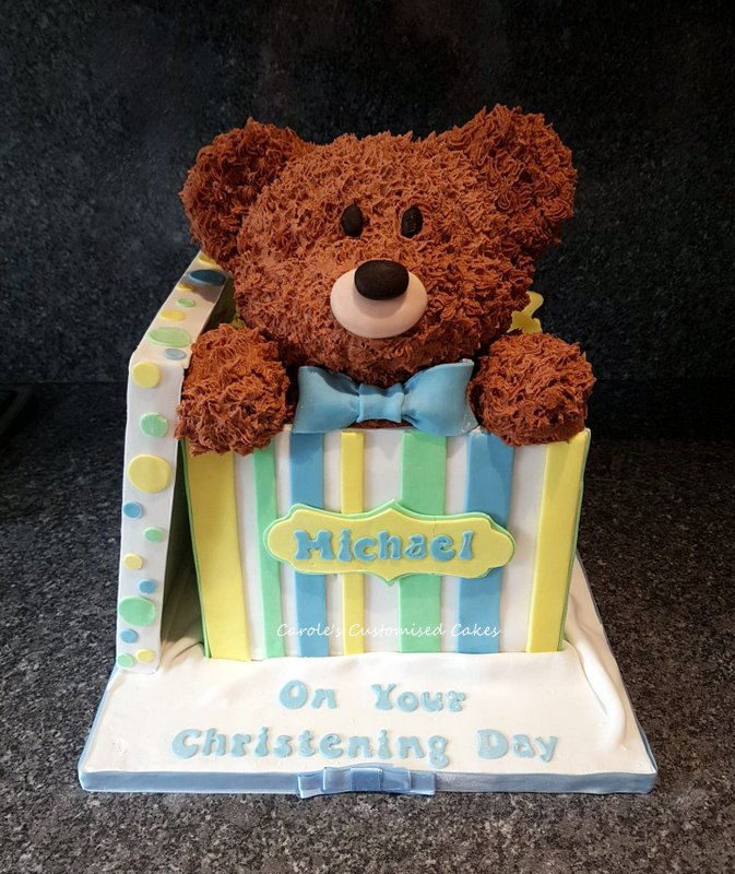 Teddy in box cake