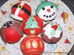 Domed Christmas cupcakes