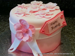 Flower and ribbon cake