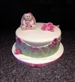 Rabbit and roses cake