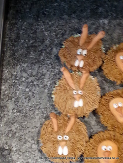 rabbit or were-rabbit cupcakes