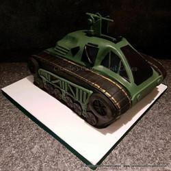 Ripsaw tank cake