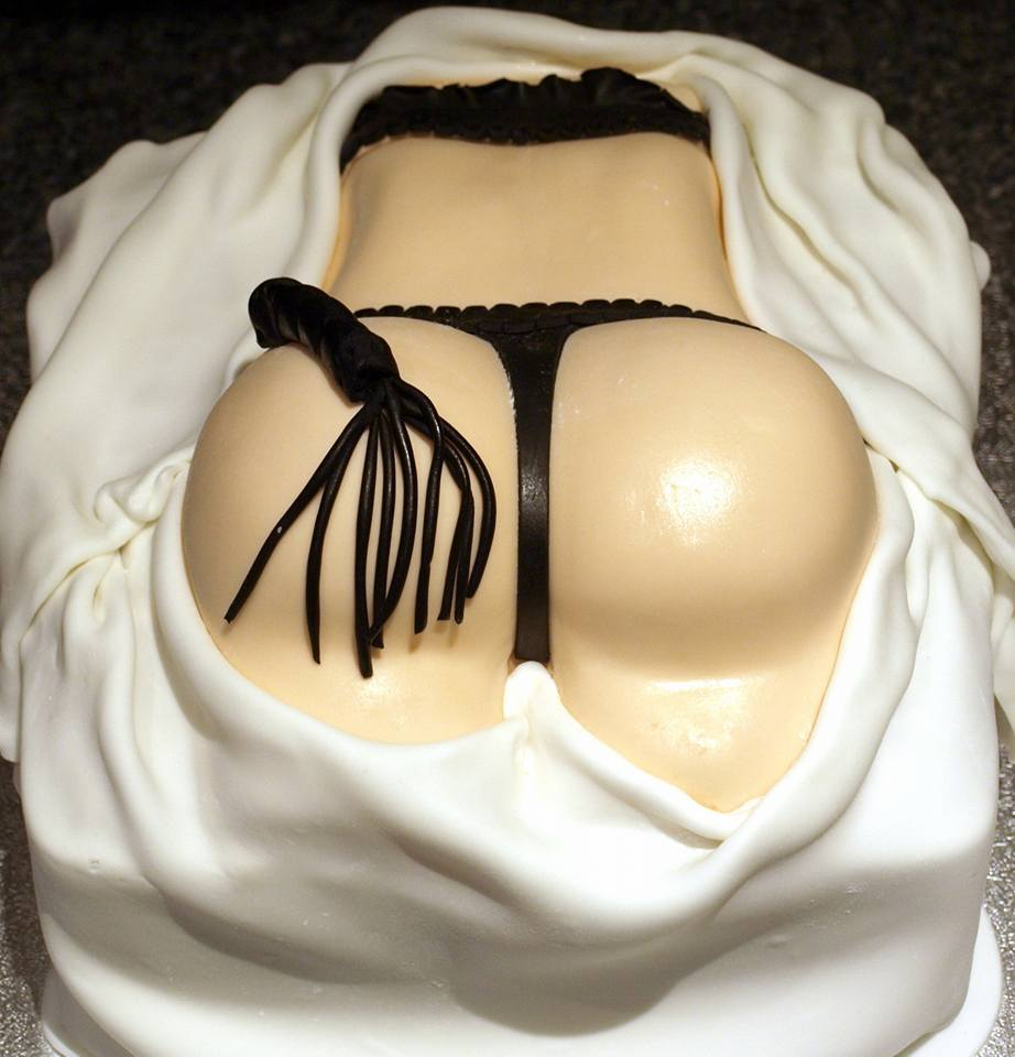 bottom and whip cake