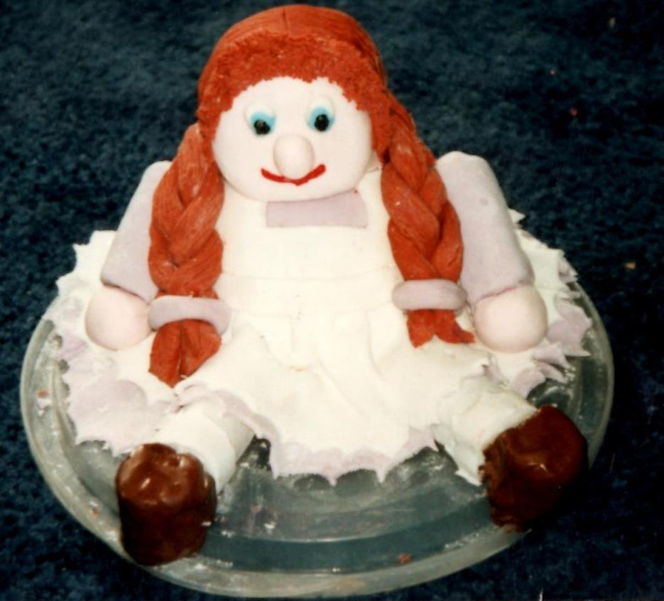 Doll cake.
