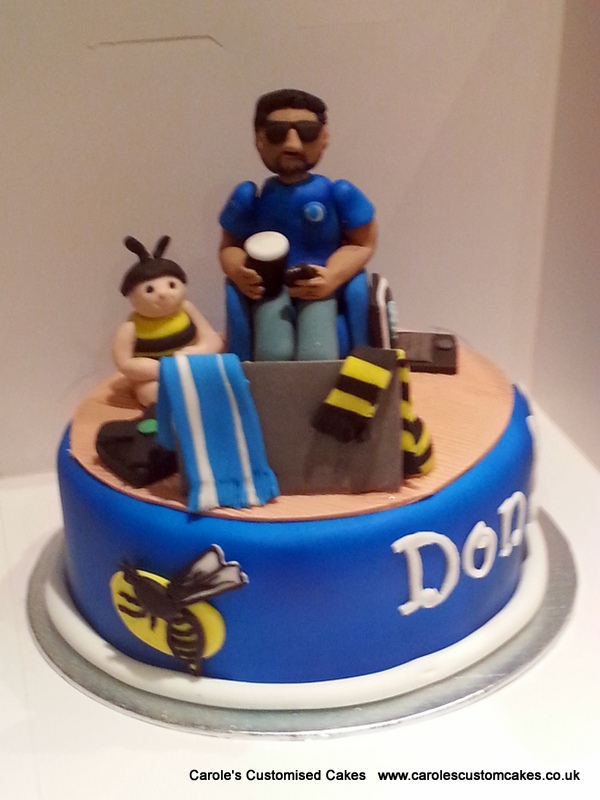 Chelsea and Wasps fan cake