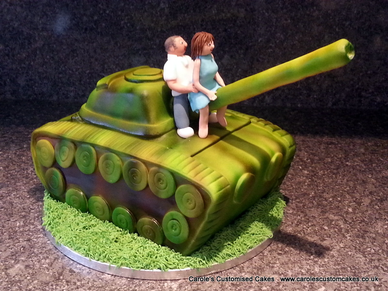 Tank cake with people