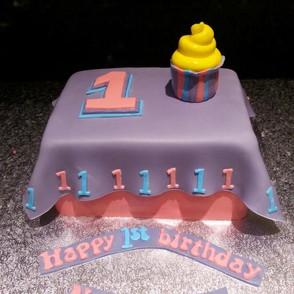 1st birthday cake.jpg