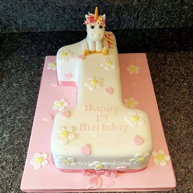unicorn number 1 cake.jpg