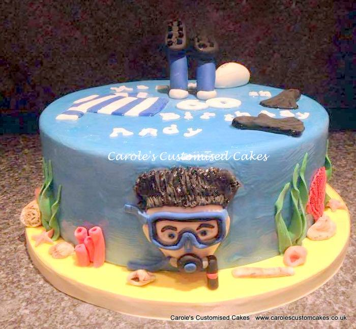 Personalised rugby diving cake