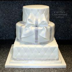 'Dianne' three tier wedding cake