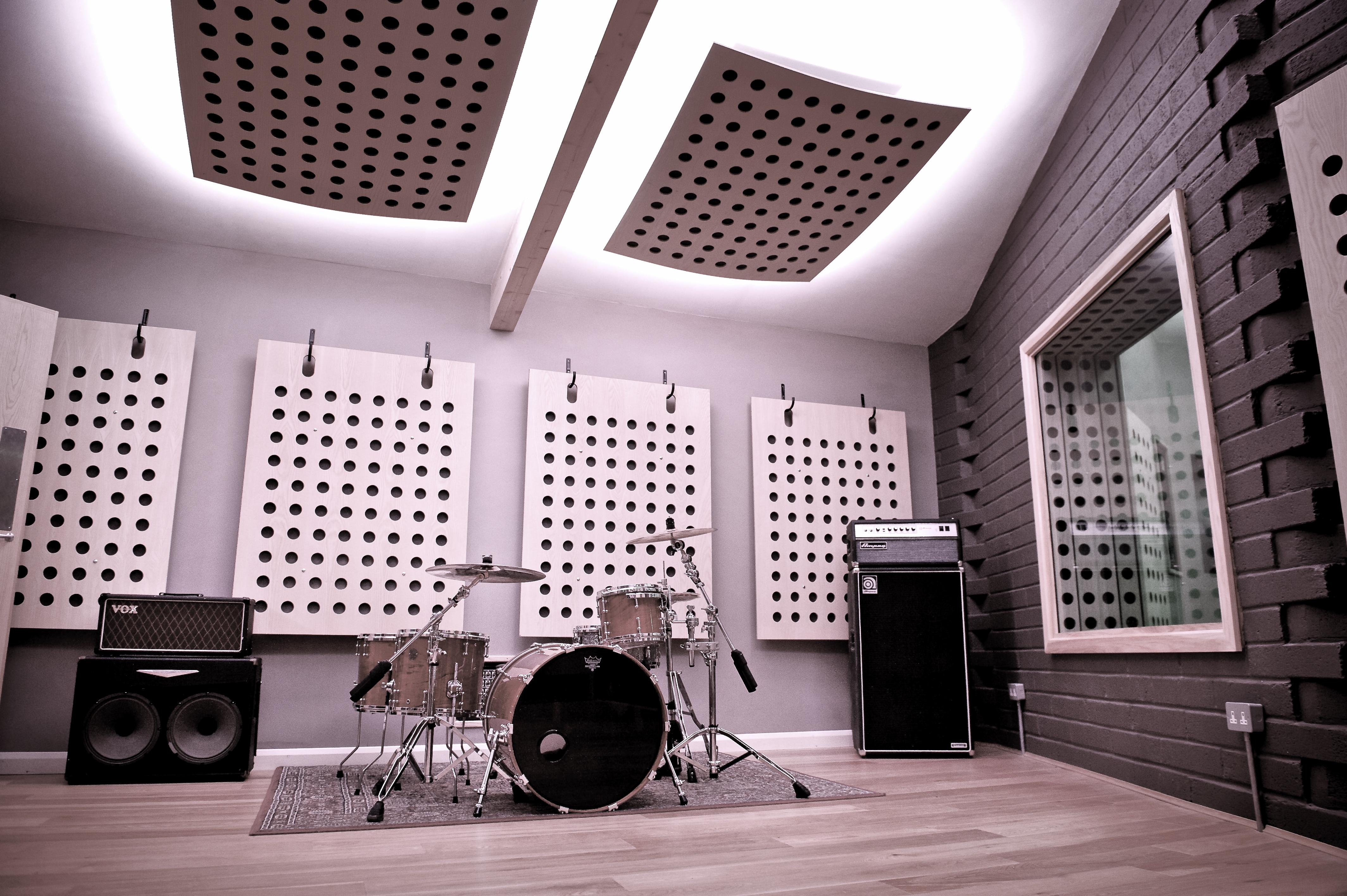 Studio_001