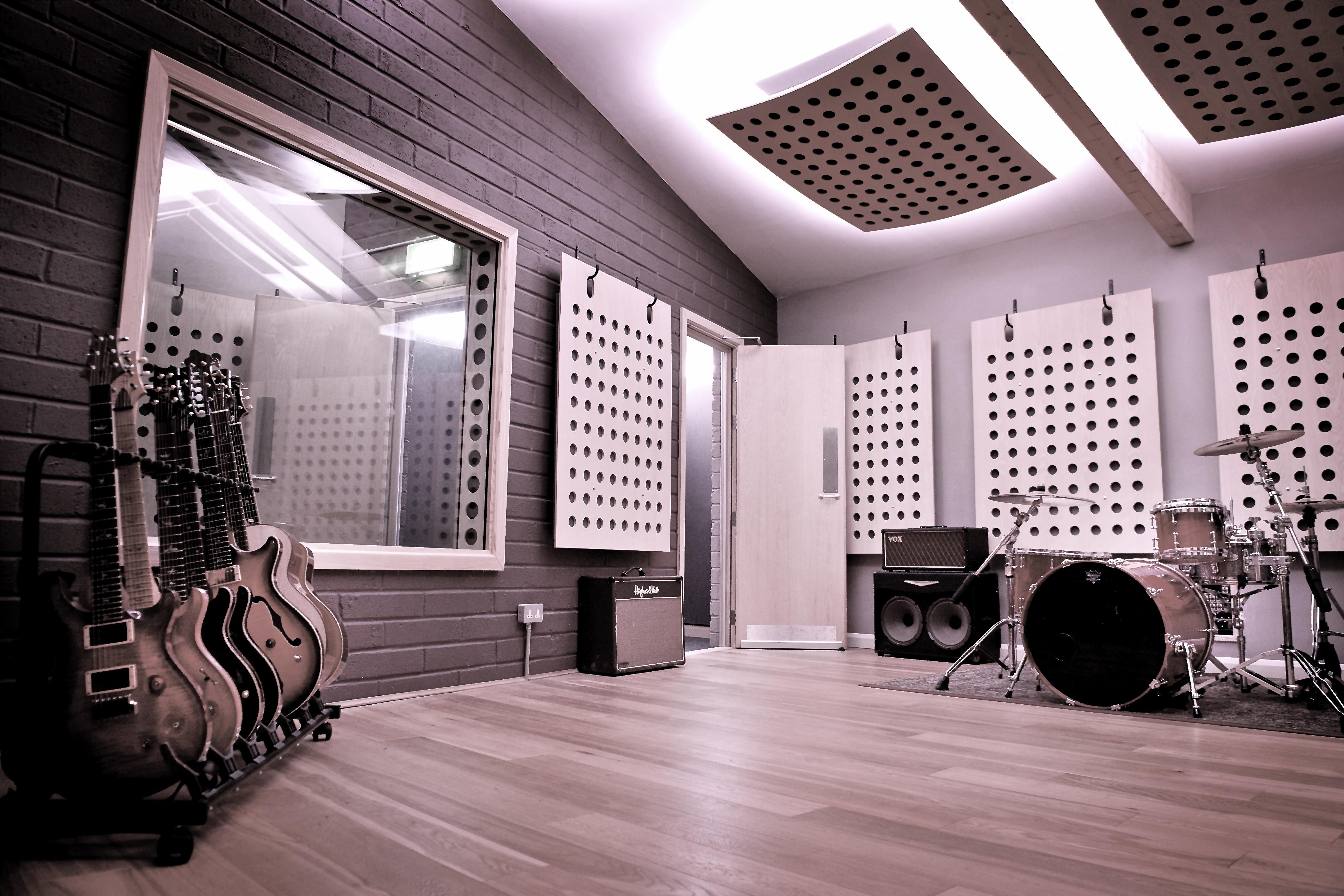 Studio_002