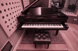 Piano (Wide)