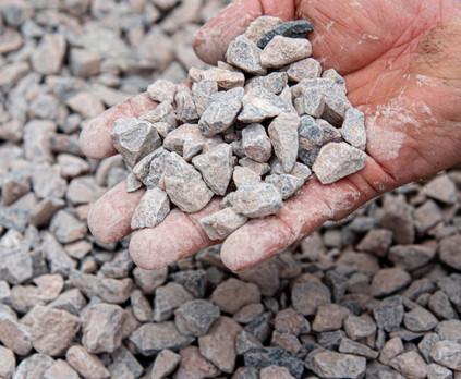 DDAggregates_20-10mm_Clean_Limestone.jpg