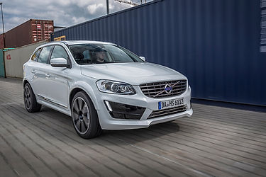 HEICO_SPORTIV_XC60_156_front_drive_1.jpg