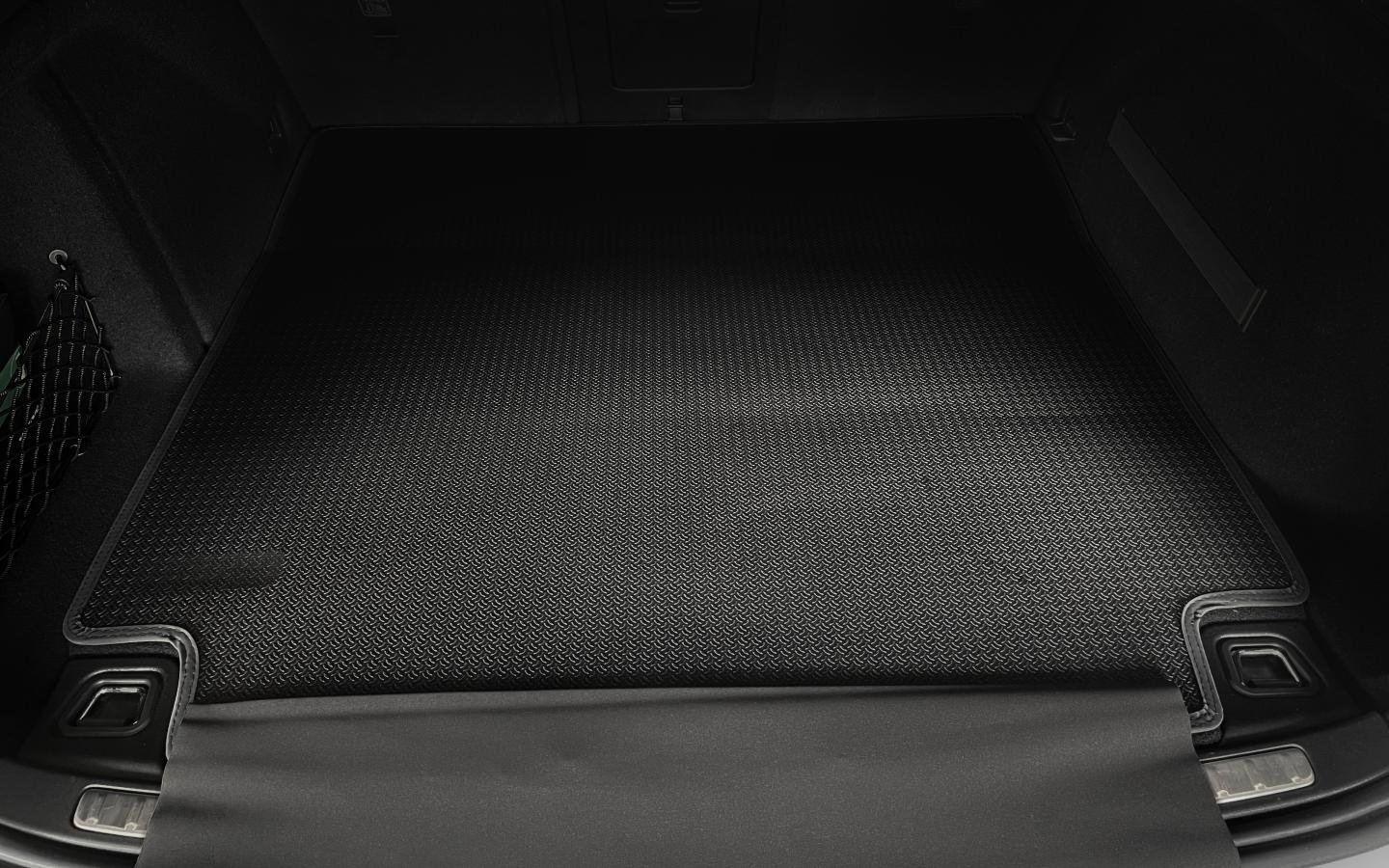 heico-sportiv-luggage-compartment-mat-02