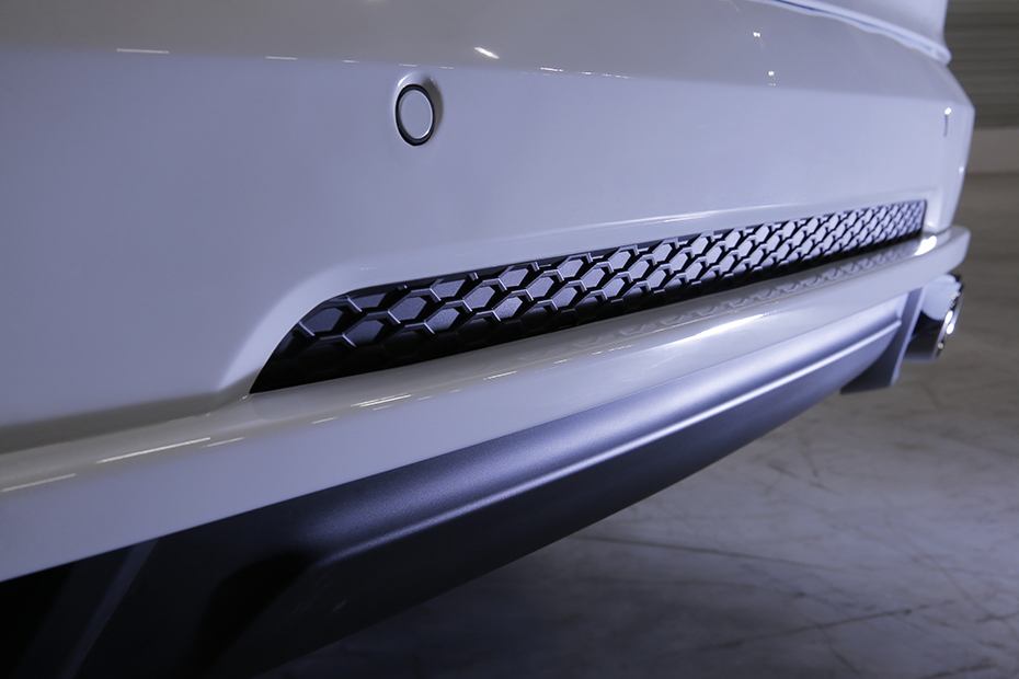 HEICO_SPORTIV_XC90_256_white_rear_detail_2