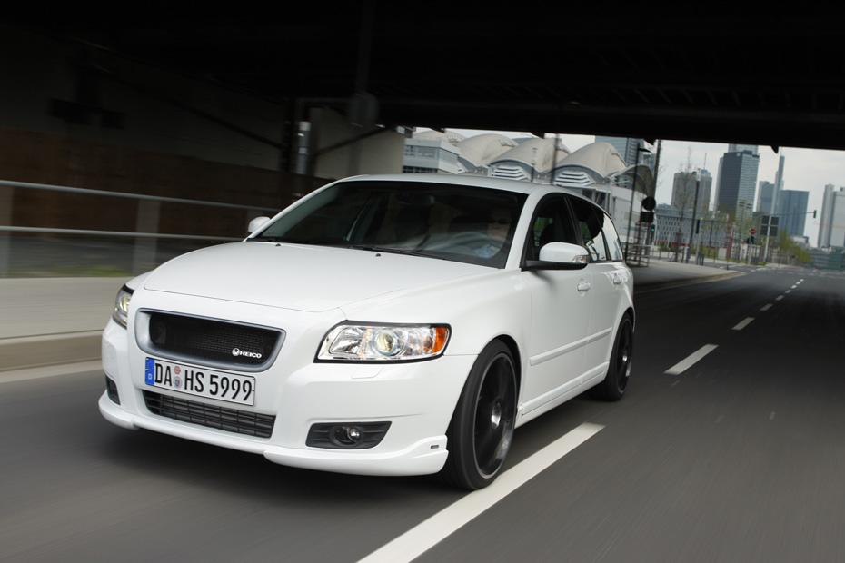 HEICO_SPORTIV_Volvo_V50_545_facelift_drive_1