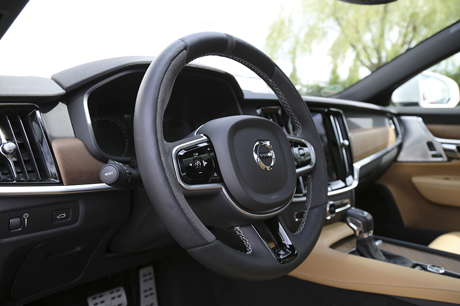 HEICO-SPORTIV-sport-steering-wheel-SV90-XC90-anthracite-3