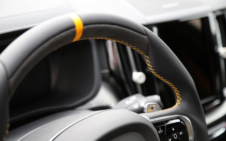 heico-sportiv-sport-steering-wheel-poles