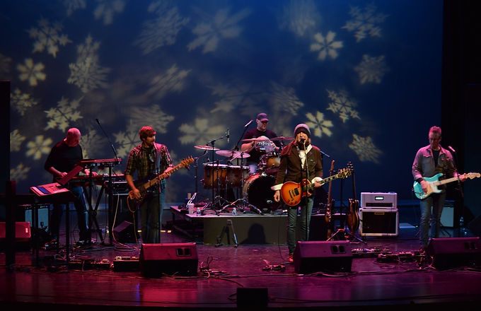 Shea Quinn and the Luv Gods performing at Joy To The Burg 2021 Christmas Concert