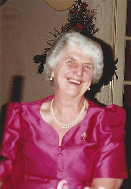 Vanessa Challis Singer Warwickshire Nursing Home
